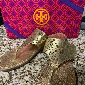 Like new Tory Burch Roselle sandals in gold